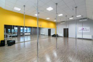 SALA-ŻÓŁTA-Szkoła-tańca-Jagielski-Dance-Project-w-Toruniu