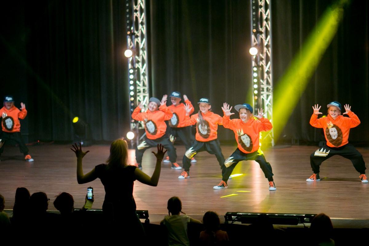 hip hop dla dzieci 6-8 lat szkoła tańca Jagielski Dance Project Toruń
