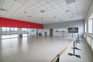 Sala Czerwona- Jagielski Dance Project Szkoła tańca wynajem sal w Toruniu