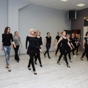 salsa solo Szkoła Tańca Jagielski Dance Project Toruń (1)