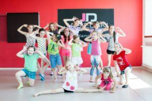 Wychowawca - Taneczne półkolonie - szkoła tańca Jagielski Dance Project w Toruniu