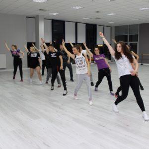 Hip-hop dla młodzieży i dorosłych - zajęcia w Jagielski Dance Project
