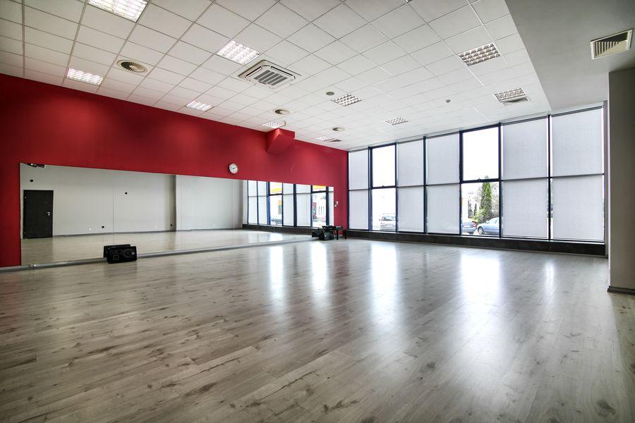 Sala Malinowa - Jagielski Dance Project Szkoła tańca wynajem sal w Toruniu