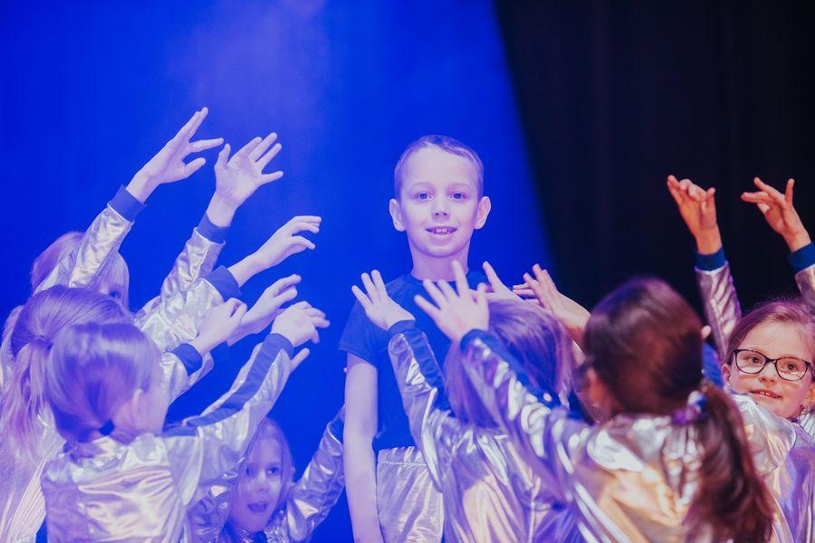 Lekcje indywidualne - trening personalny - Toruń dzieci taniec akrobatyka w Jagielski Dance Project