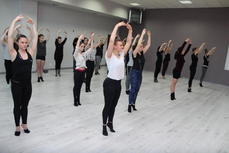 Szkoła Tańca Jagielski Dance Project jazz zajęcia taneczne